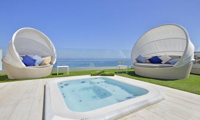 Jacuzzi van hotel Melia Costa del Sol in Torremolinos