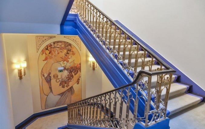 Casual Belle Epoque Lisboa - trappenhuis