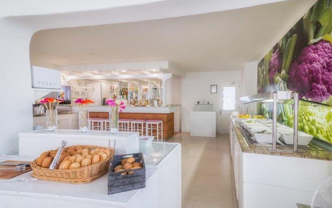 Ontbijtzaal van appartementen Las Gaviotas in Lanzarote