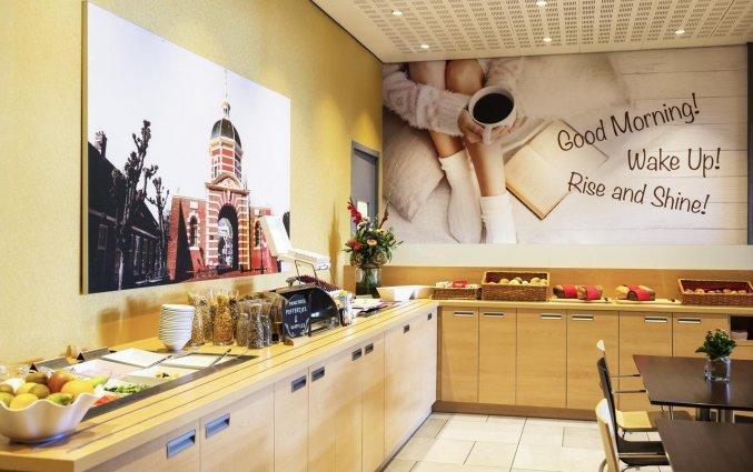 Ontbijtzaal van Hotel Ibis Leiden Centre in Leiden