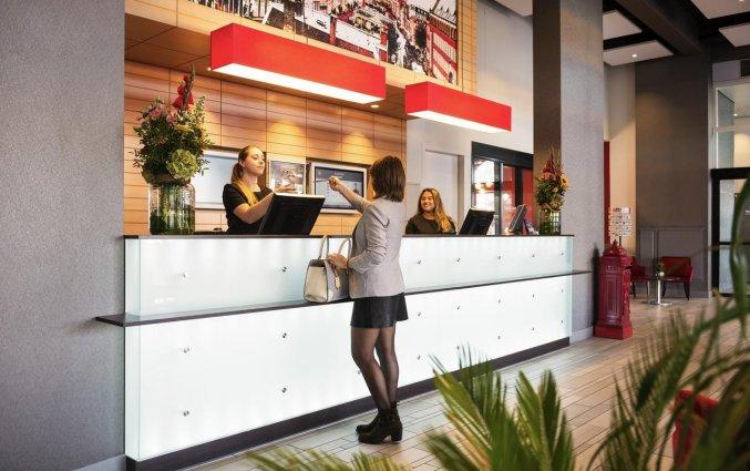 Receptie van Hotel Ibis Leiden Centre in Leiden
