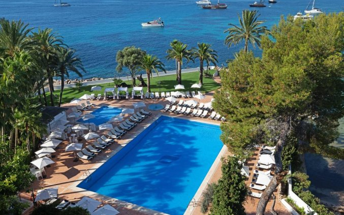 Zwembad van hotel THB Los Molinos in Ibiza